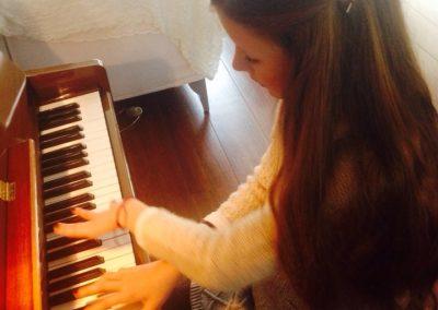fiorella--irene-de-raadt-pianoles-amstelveen